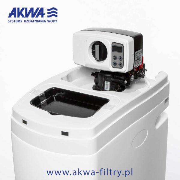 Kompaktowy zmiękczacz wody AKWA PROTECT 25L BNT głowica